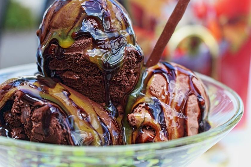 ice-cream-sundae-761415_1280